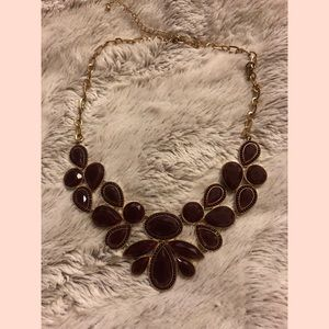 ⬇️Forever 21 Burgundy Statement Necklace
